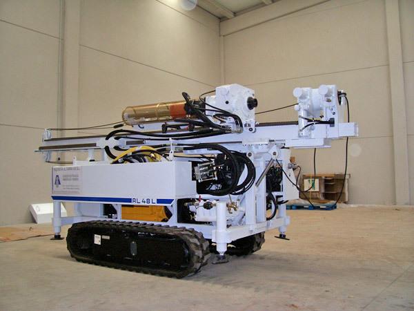 estudios geotécnicos (máquina de sondeos RL-48 L ROLATEC)
