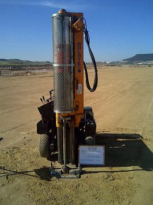 Penetrómetro trabajando para futura estación de tren. Obra:Valladolid.